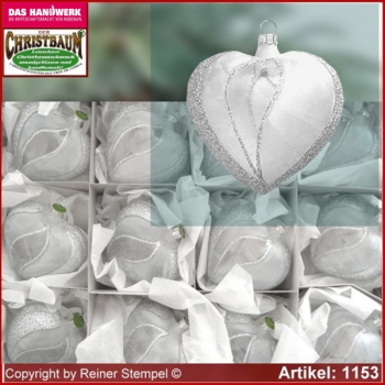 Christmas tree ornaments glass hearts set 12-pc. Frost